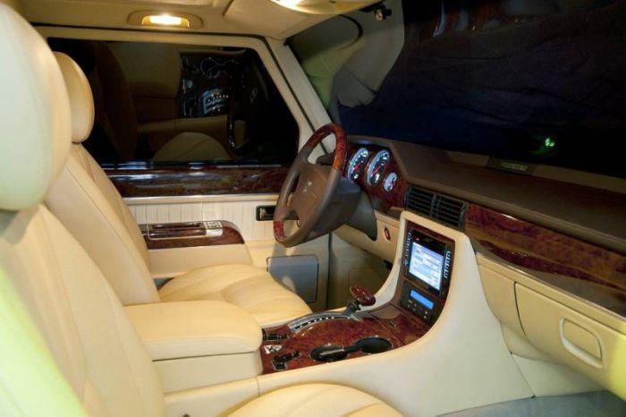 Президентский лимузин ЗИЛ-4112Р выставлен на продажу (20 фото)