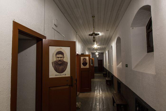 Экзотический хостел в Тобольском тюремном замке (18 фото)