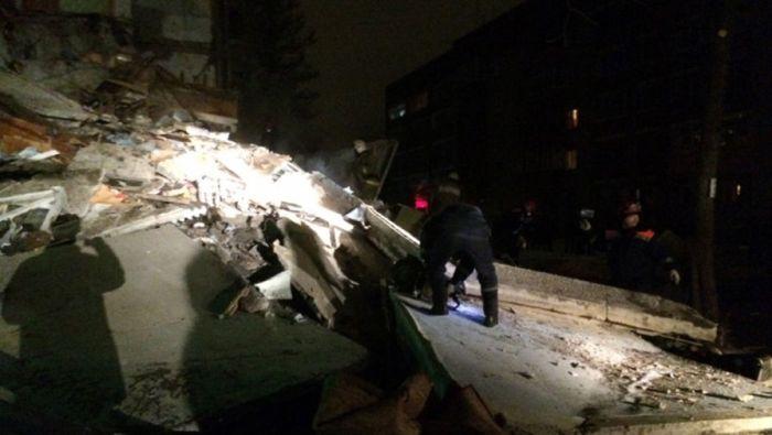В Ярославле из-за взрыва бытового газа частично обрушился жилой дом (11 фото)