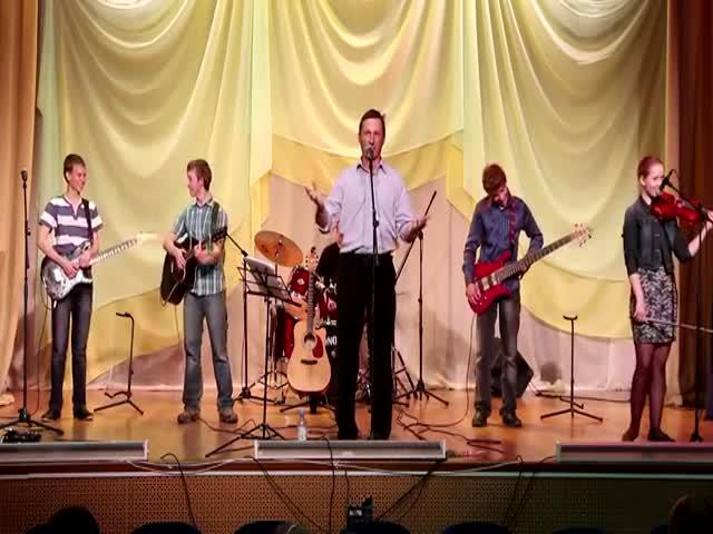 Отличное выступление коллектива юных музыкантов