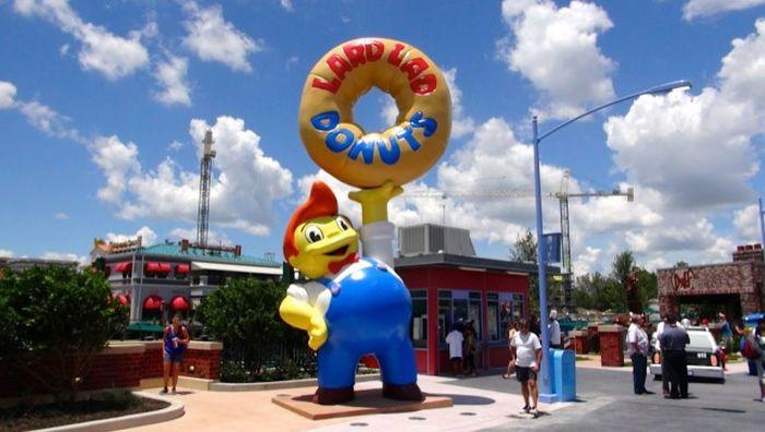 Тематический город Симпсонов в США (26 фото)