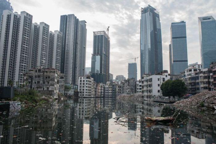 Китайская деревня посреди небоскребов Гуанчжоу (17 фото)