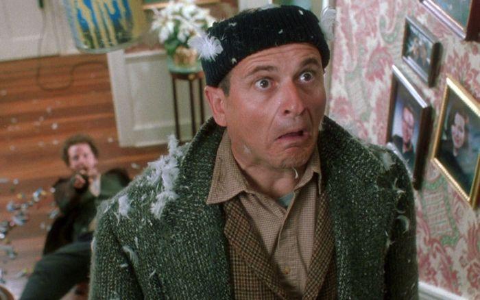 Джо Пеши, Гарри из «Один дома», заметно изменился (2 фото)
