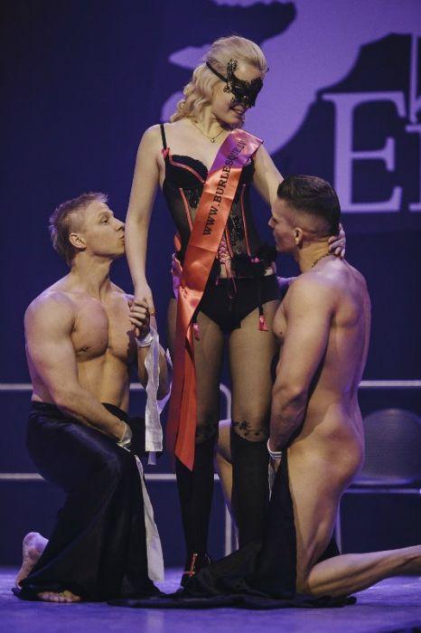 Фотоотчет с рижского эротического фестиваля EROTS-2016 (54 фото)