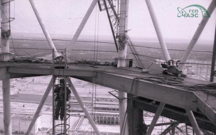 Невероятная история фотопленки, проявленной спустя 36 лет (18 фото)
