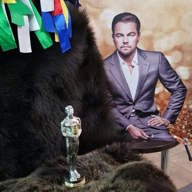 В Якутии сделали свой «Оскар» для Леонардо Ди Каприо (3 фото)
