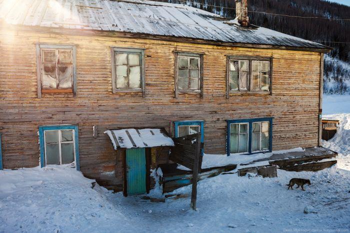 Как живет поселок Приисковое сегодня (24 фото)
