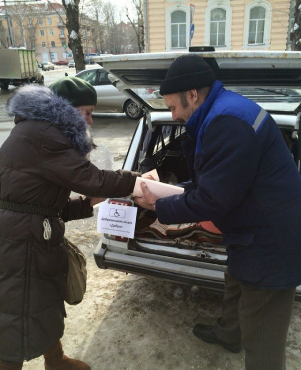 Томичи помогли пенсионеру компенсировать нанесенный ворами ущерб (7 фото)