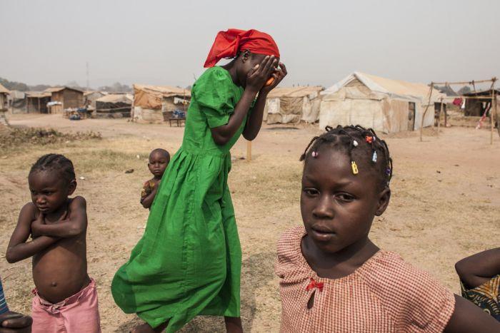 Лагерь для беженцев М'Poko в Центральноафриканской Республике (11 фото)
