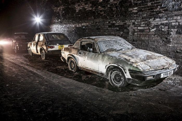 Заброшенный железнодорожный тоннель в Ливерпуле (23 фото)
