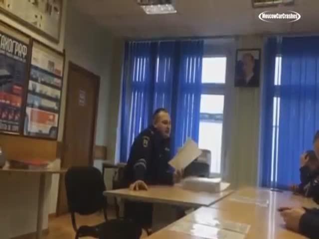 Из-за насмешек над Анатолием Якуниным в Москве начали проверять отделы ГИБДД