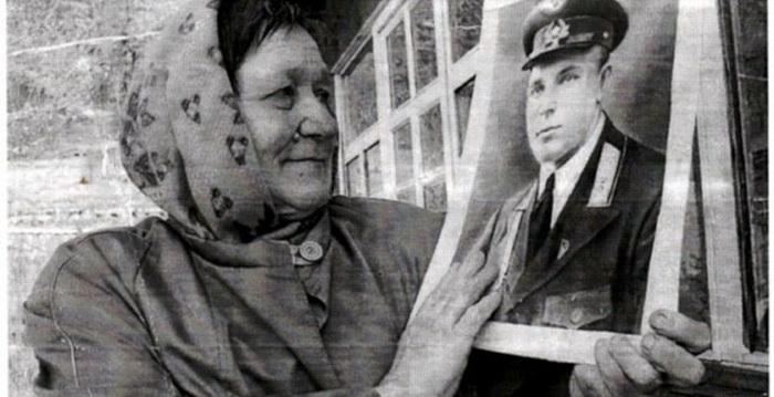 Иван Даценко - советский летчик, ставший вождем индейского племени (6 фото)
