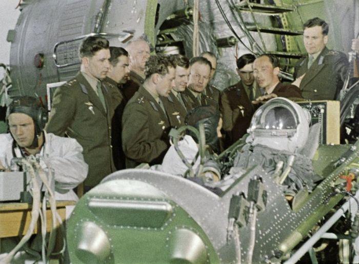 Жизнь Юрия Гагарина до полета в космос (14 фото)