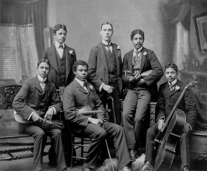 Жизнь темнокожего населения США в 1900 году (14 фото)