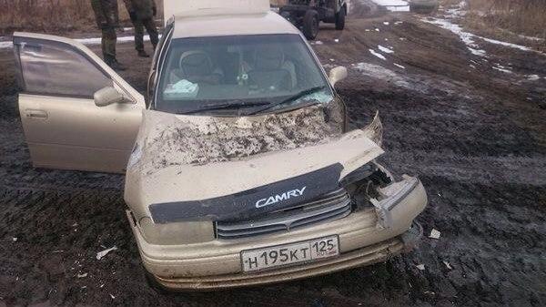 В Приморье самоходный миномет «Тюльпан» наехал на легковой автомобиль (2 фото + видео)