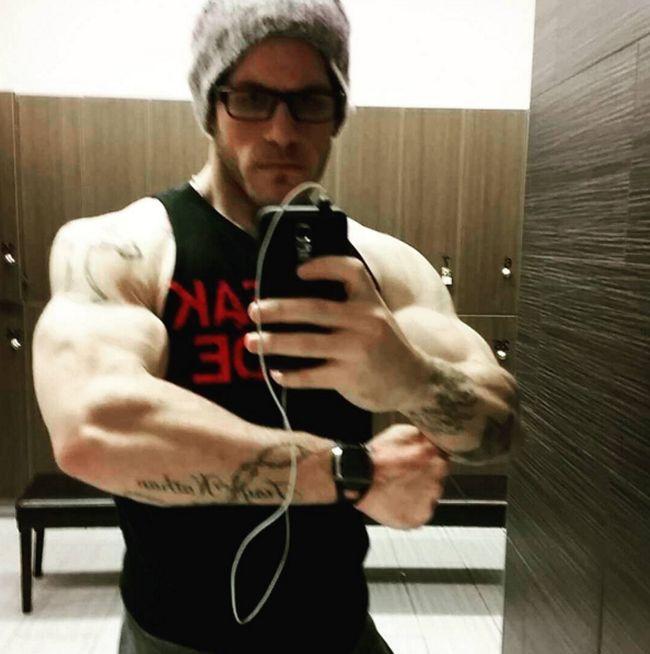 Страх перед смертью заставил молодого канадца похудеть на 83 кг (6 фото)