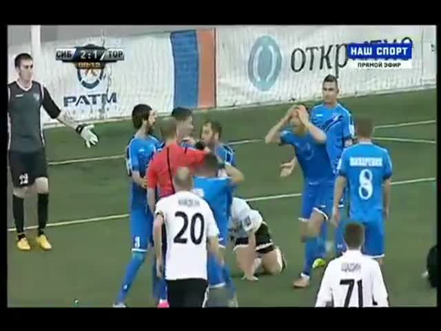 Массовая драка на матче «Сибирь» - «Торпедо»
