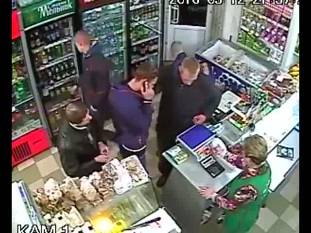 Драка с пьяным быдлом в магазине