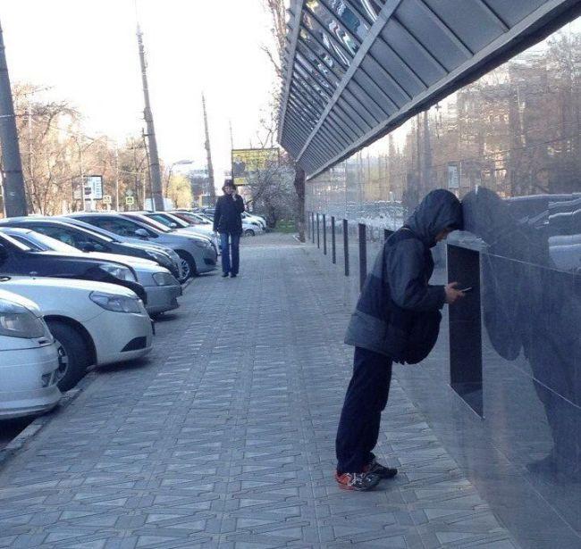 Когда родители отправляют на улицу подальше от компьютера (3 фото)