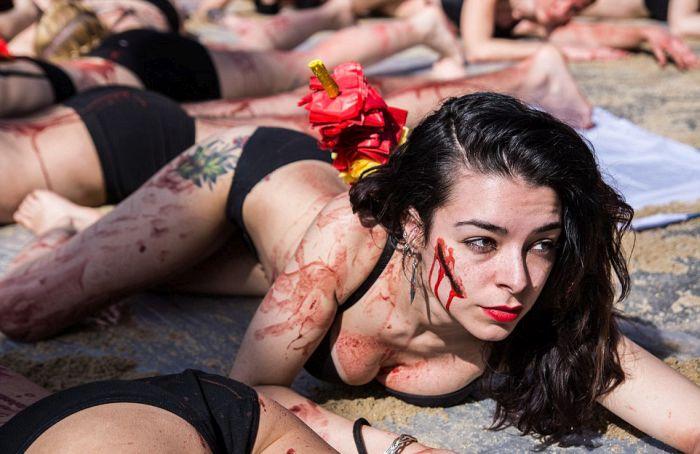 В Мадриде устроили акцию протеста против корриды (11 фото)