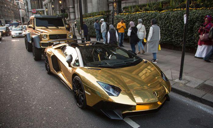 Миллиардер из Саудовской Аравии прибыл в Лондон с личным автопарком (12 фото)