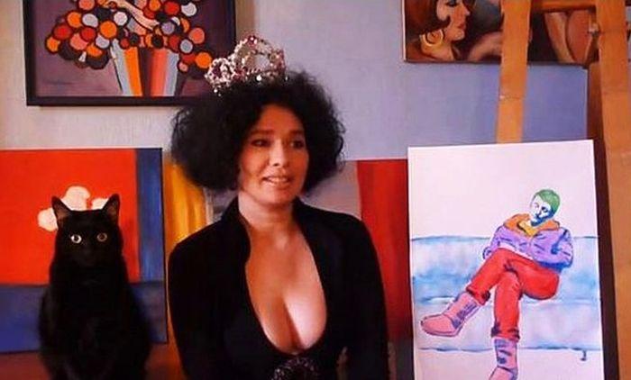 Ирина Романовская грудью написала портрет Дмитрия Пескова (фото + видео)