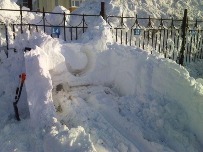 Вот почему автомобилистам Камчатки необходимо иметь свой гараж (6 фото)