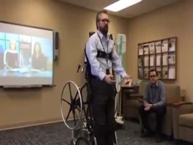 Трансформирующееся инвалидное кресло