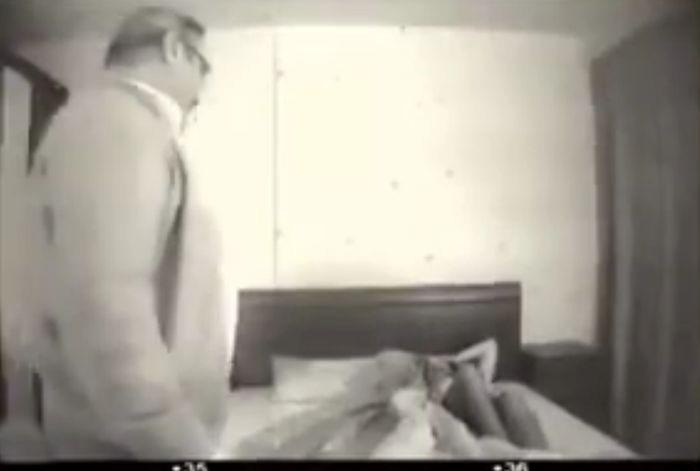 Интимное видео Касьянова и Пелевиной. Онлайн