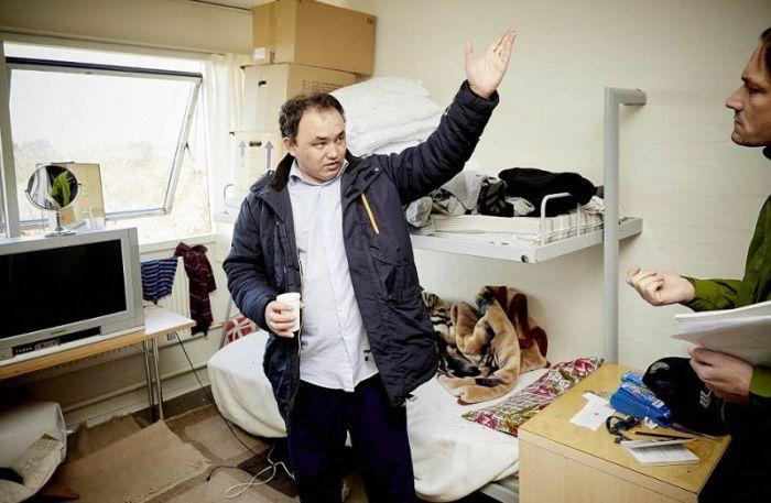 Сандхольм - трехзвездочная тюрьма для радикальных беженцев (10 фото)