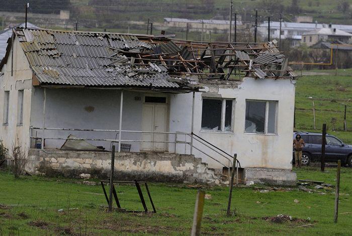 Нагорный Карабах спустя три дня после возобновления боевых действий (12 фото)