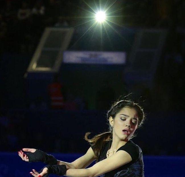 Российская фигуристка Евгения Медведева стала звездой Японии, рассказав стишок из «Сейлор Мун» (17 фото + видео)