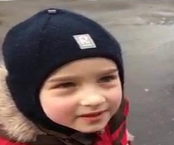 Забавный ответ мальчика на вопрос о бюстгальтере