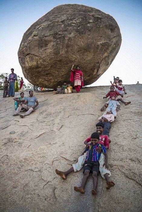 «Масляный шар Кришны» - камень, бросающий вызов законам физики (8 фото)