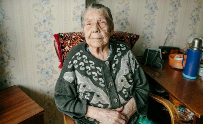 В Красноуфимске тайный меценат возместил украденные у пенсионерки деньги (2 фото)