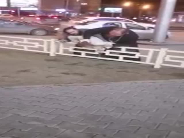 В Новосибирске бывший священник избил водителя