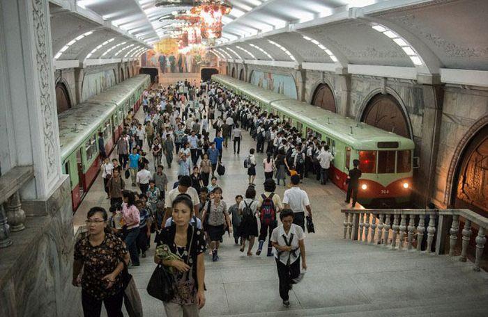 Недепрессивные фото Северной Кореи (25 фото)