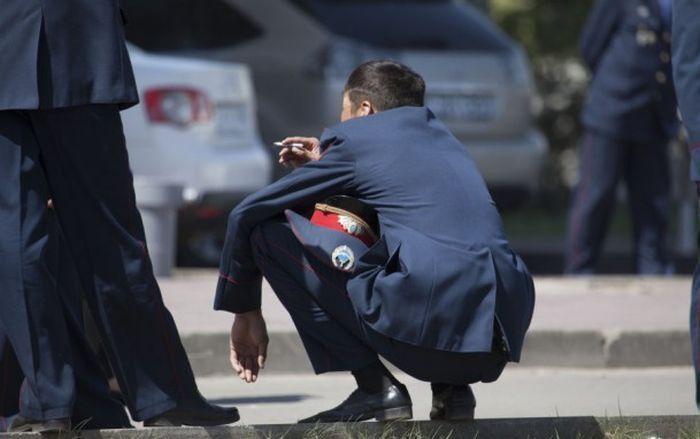 Забавные фото полицейских (25 фото)