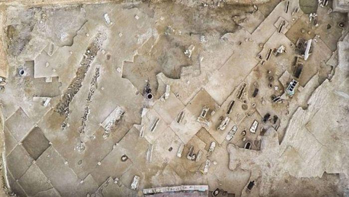 Рядом с Афинами нашли братскую могилу соратников древнегреческого тирана Килона (4 фото)