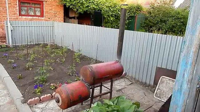 Мангал-коптильня из газовых баллонов своими руками (25 фото)
