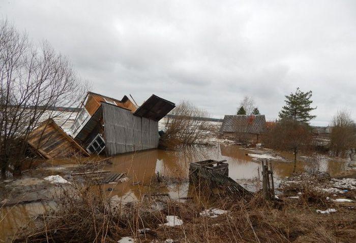 Наводнение в Великом Устюге, о котором молчат федеральные телеканалы (24 фото + видео)
