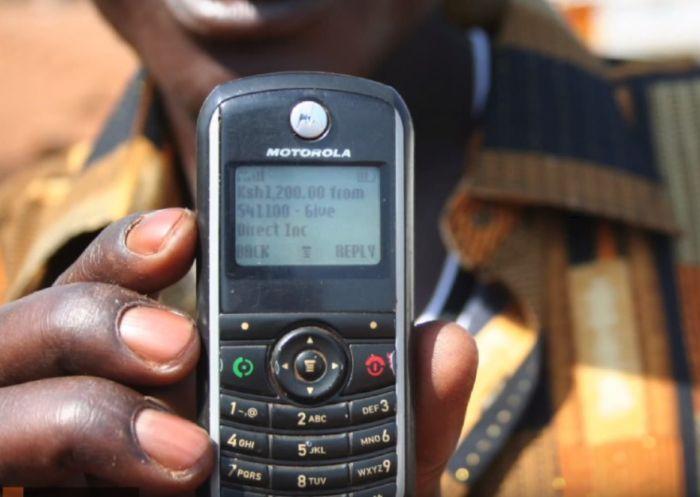 Для тестирования безусловного базового дохода выберут 6000 кенийцев (2 фото)