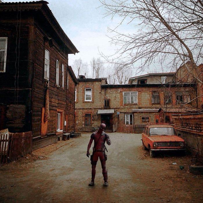 Если бы известные фильмы снимали в соседнем дворе (28 фото)