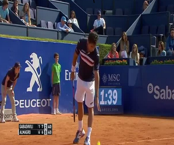 Забавный случай на теннисном турнире в Барселоне