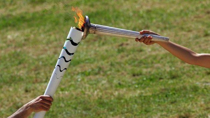 В Греции зажгли огонь Олимпиады-2016 (5 фото)