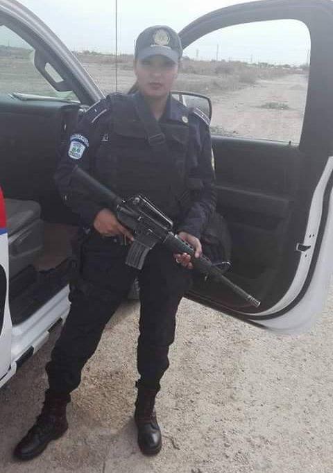 В Мексике сотруднице полиции грозит увольнение из-за откровенного фото (6 фото)