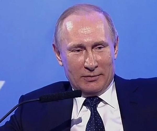 Путин подшутил над женщиной-журналистом