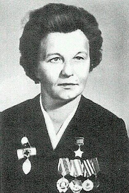 Герой Советского Союза Зинаида Туснолобова-Марченко (4 фото)