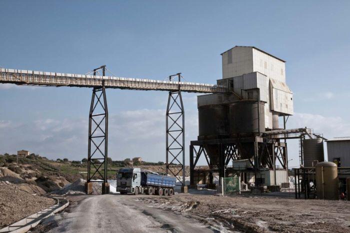 Добыча соли на Сицилии (38 фото)