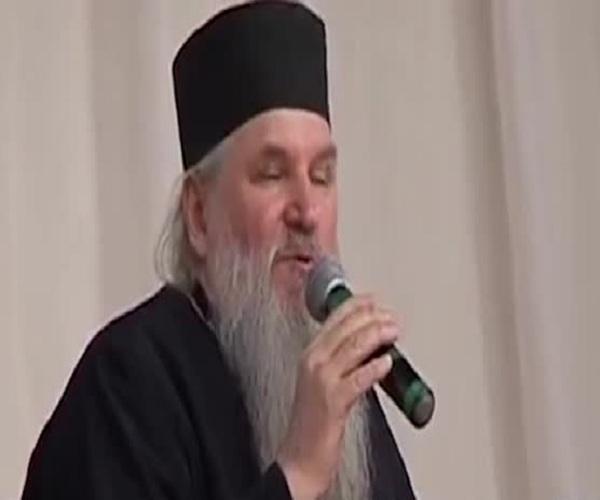 Самарская студентка обвинила церковь в алчности